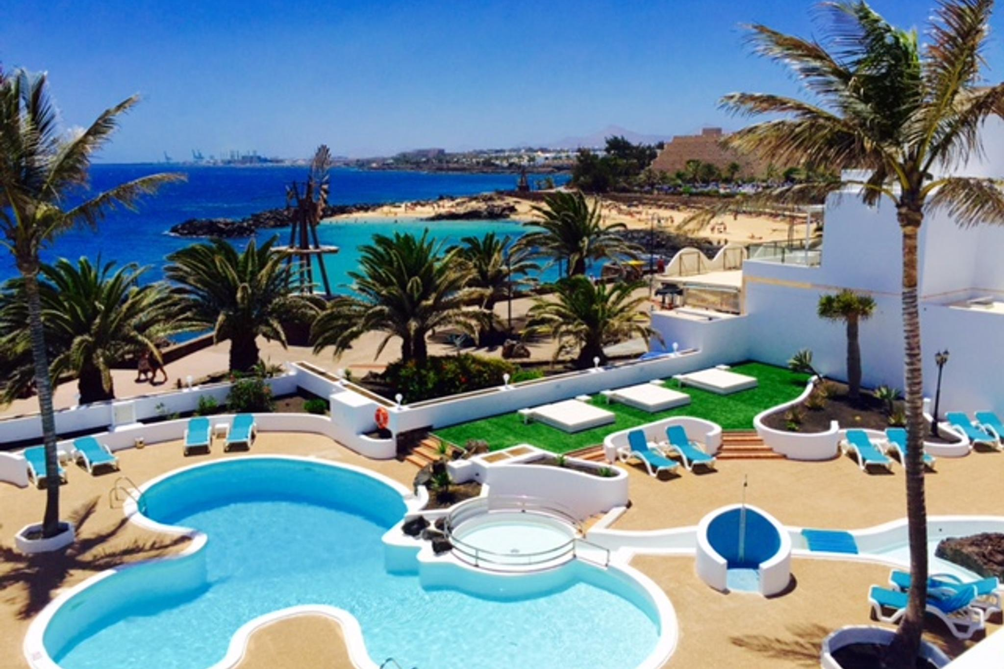 Neptuno Suites | Costa Teguise, Lanzarote, Canary Islands | Welcome to our hotel - 1